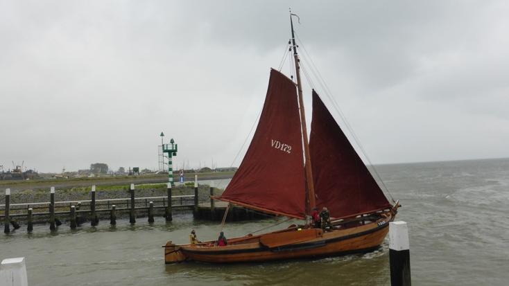 ich träume oft davon ein segelboot zu klauen
